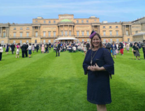 How a kiwi girl went to the Queen's garden party